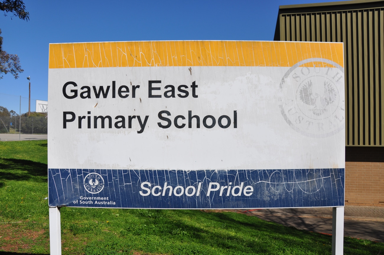 gawler east primary sign design old